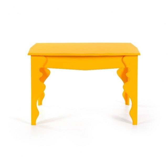 Mesa-de-centro-amarela