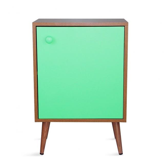 Criado mudo retro com porta verde
