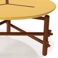 mesa-de-centro-redonda-amarela-detalhe
